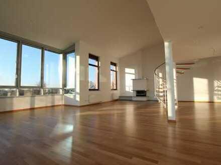Luxus & Privatsphäre • Penthousewohnung mit großer Terrasse • Nähe Grüneburgpark