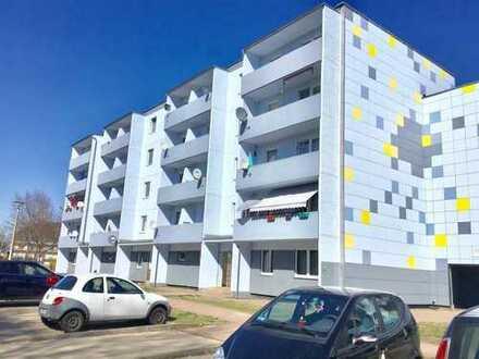 Bild_Schöne-Renovierte 3-Zimmer-Wohnung mit Balkon.Besichtigung unter TEL.0172/3954517