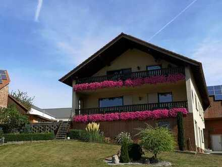 Mehrfamilienhaus mit Scheune und Nebengebäude (gewerbliche Nutzung möglich)