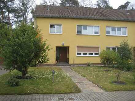 Großzügige Doppelhaushälfte im Parkviertel Kladow