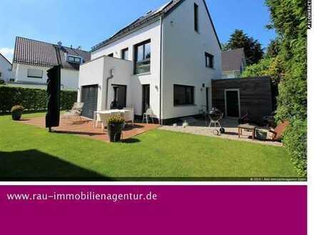 Bogenhausen: Modernes und luxuriös ausgestattetes Einfamilienhaus