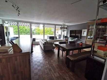 Top ausgestattete 3-Zimmerwohnung in gehobener Lage mit großer Terrasse und Garage