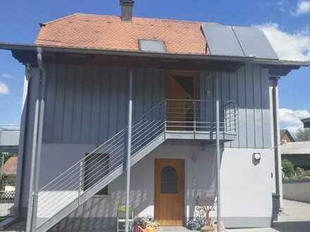 5,5 Zimmer, neue Küche, Carport, ruhige Lage