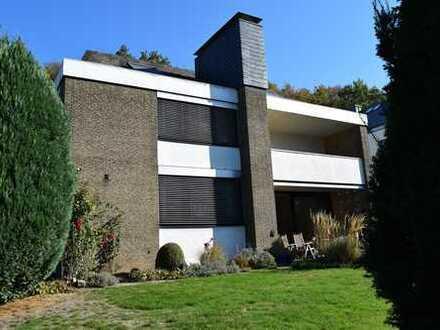 Exklusives Architektenhaus in Traumlage von Großdornberg