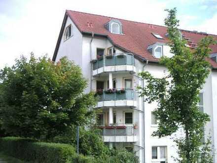 So viel Süden- Wohnen mit Balkon in Ammendorf!