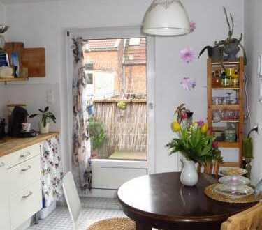 Möbiliertes Zimmer zur Zwischenmiete in Linden Mitte