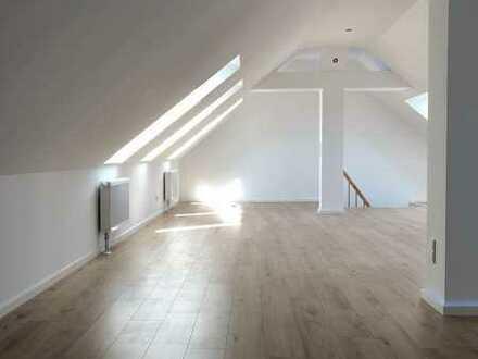 Wohnen auf 2 Etagen, schöne, kernsanierte 4 Zimmer Wohnung in der Innenstadt, H2F