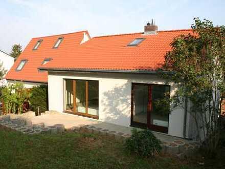 Hochkarätig saniertes 1-2 Familienhaus in Top Lage Würzburg Lengfeld mit Garten und Sonnenterrasse