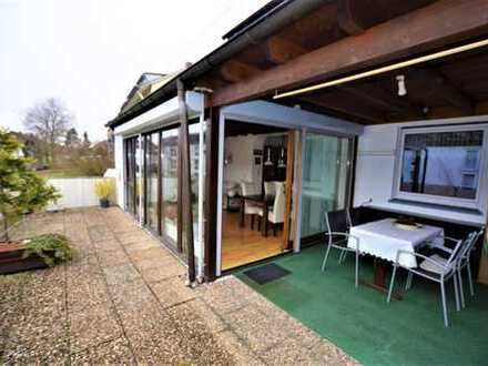 +++ Mit ca. 30 m² Süd-Terrasse und Pergola - kurzfristig beziehbar +++
