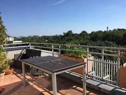 Tolle sonnige vermietete Dachgeschoss-Eigentumswohnung nahe Tempelhofer Feld