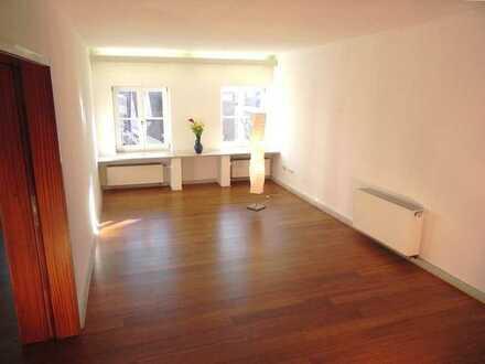 Geräumige und preiswerte Wohnung mit vier Zimmern in Lauingen (Donau)