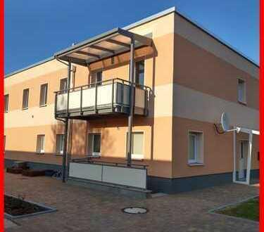 Erstbezug! Großzügige 4-Zimmerwohnung mit Kaminanschluss, schickem Bad, Balkon, Garage...