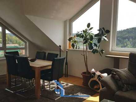 Wunderschöne 3 Zimmerwohnung mit Balkon und tollem Ausblick