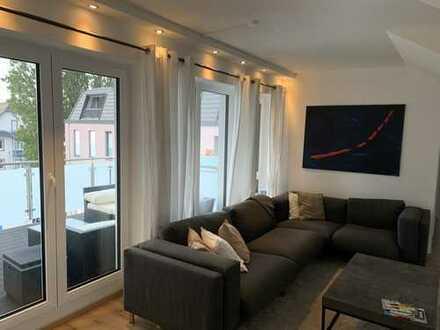 Exklusive 3-Zimmer-Wohnung mit Balkon und Einbauküche in Königstein im Taunus
