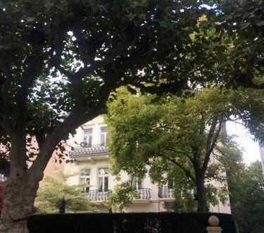 Baden Baden - Villa, Lage, Lage, Lage!!! 500qm Wohnen oder Büro