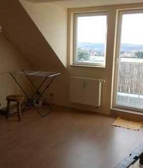 Sonnige DG Wohnung in Reinsdorf Wilhelmshöhe
