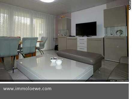 Barrierefreie 4 Zimmer Etagenwohnung mit Garage, überdachtem Stellplatz, Aufzug und Full Service