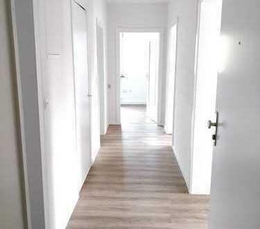sanierte 3-Raum Wohnung auf der Lauterer Höhe mit Balkon