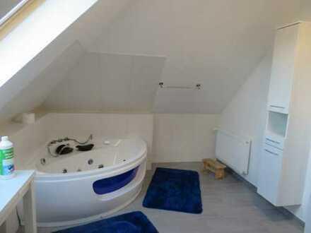 Erstbezug nach Sanierung: ansprechende 4-Zimmer-DG-Wohnung in Ebstorf