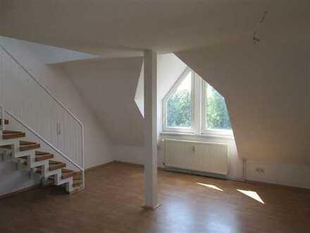 Individuell gestaltbare Galeriewohnung über 2 Etagen - in Hartmannsdorf