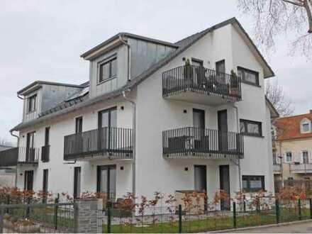 NACHMIETER gesucht per 01.02.2019! 2-Zi-DG-Wohnung in Dachau-Süd