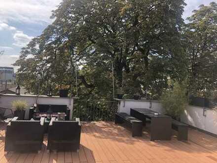 Großzügige 5- Zimmer Wohnung mit traumhafter Terrasse in der nähe Bergerstraße