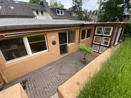 Hinterhaus mit eigenem Garten in zentraler Ronsdorfer Lage - Arbeiten und Wohnen möglich