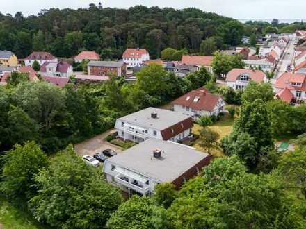 """Wohnhaus mit Ferienanlage in der """"weißen Stadt"""""""