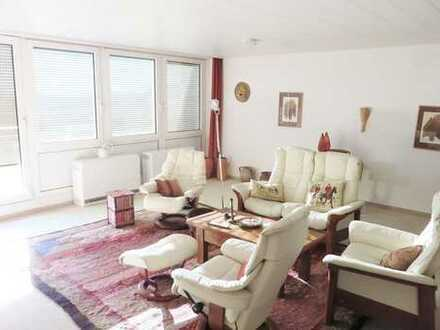 Großzügige Penthouse-Wohnung mit tollem Ausblick!