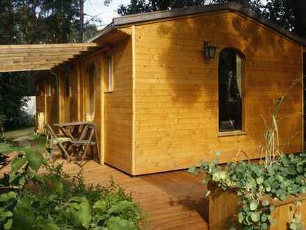 Auf Gebot: Ökologisches Ferienhaus Bungalow im Berliner Umland