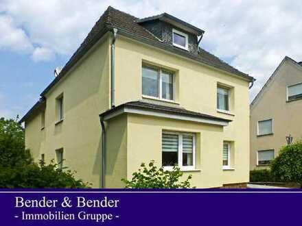 Ein-/Zweifamilienhaus mit 2 Garagen in zentraler Lage von Altenkirchen!