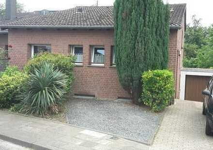 Schönes Haus mit vier Zimmern in Heinsberg (Kreis), Geilenkirchen
