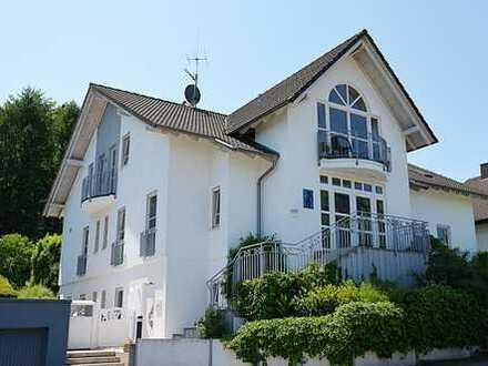 Ettlingen-OT Exklusives,einzigartiges Architektenanwesen, bevorzugte Villenlage, beste Nachbarschaft