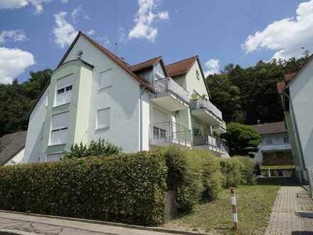 Schöne 3,5 ZKB Erdgeschoss-Maisonnette-Wohnung in Welden mit Tiefgarage und Einbauküche