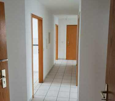 Gepflegte 4-Zimmer-Wohnung mit Balkon in Pirmasens