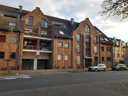 Schicke, gut ausgestattete 3-Zimmer-Whg. 82,21 m² Wfl. mit großem Balkon und PKW-Stellplatz TG