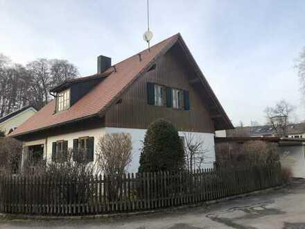 Gepflegtes Einfamilienhaus mit idyllischem Garten in ruhiger Lage in Herrsching am Ammersee
