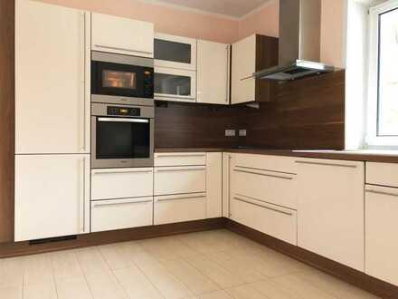 Geräumige 4-Zimmer-Wohnung mit moderner EBK und Balkon in Falkensee