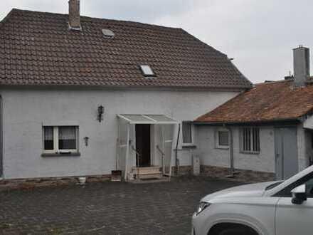 *Seligenstadt* OT Froschhausen - 1 Familienhaus mit sehr großem Garten