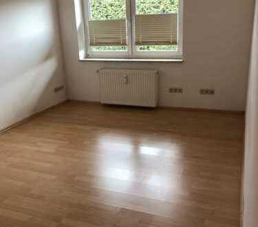 Schöne 3-Zimmer-EG-Wohnung mit Einbauküche in Torgelow