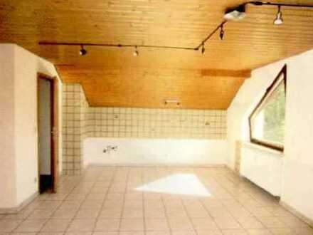 Geräumige, 2-Zimmer-DG-Wohnung zur Miete in Prittriching