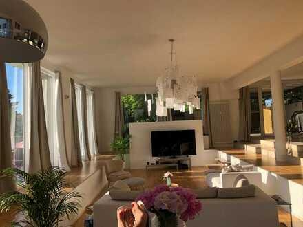 Traumhafte, Freundliche 5-Zimmer-Wohnung mit Balkon und Einbauküche in Groß-Gerau