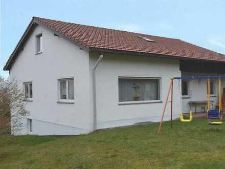 Renoviertes Einfamilienhaus mit Einliegerwohnung in Tröstau