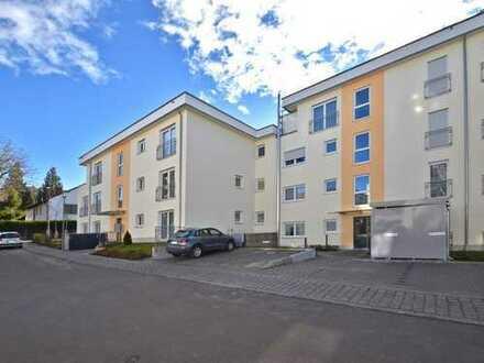 Stilvolle, geräumige und neuwertige 2-Zimmer-Wohnung mit Balkon und EBK in Starnberg (Kreis)