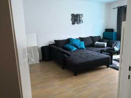 Attraktive 2-Zimmer-Wohnung mit Balkon und Einbauküche in Nürnberg