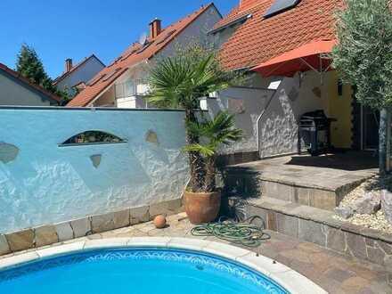 Außergewöhnliche Doppelhaushälfte mit mediterranem Flair