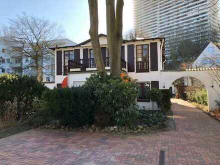 Helle, gemütliche 2 Zimmer Erdgeschoss Wohnung mit Terrasse in bester Lage von Timmendorfer Strand