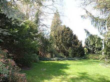 Nbg.-Langwasser/Nä. Südklinikum:Einfamilienreihenendhaus m. Gartenoase (814 m² Grd.) u. 1 Garage