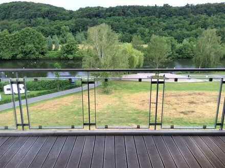 +++ moderne Wohnung auf 2 Etagen mit Blick aufs Wasser +++