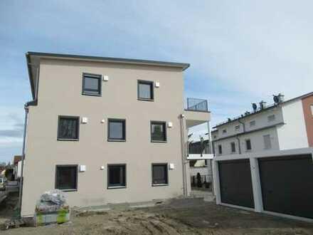 Erstbezug: Schöne Penthouse-Wohnung mit Balkon in Zentrum von Schwabmünchen
